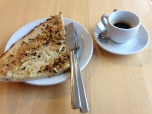"""Zweites Frühstück - """"Flammkuchen und Espresso"""""""